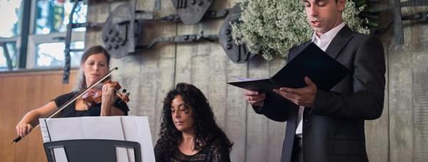 Tenor, violinista y organista en boda religiosa